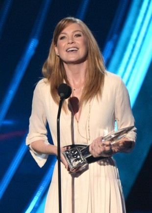 ellen-pompeo-peoples-choice-awards-2013-essentiel-series