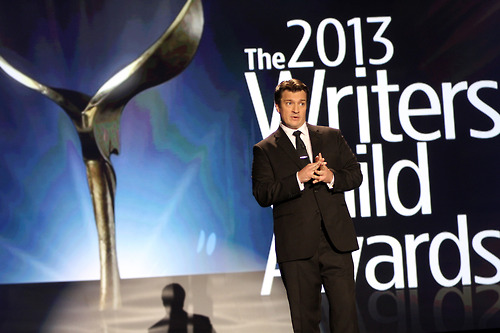 nathan-fillion-writers-guild-awards-2013-essentiel-series