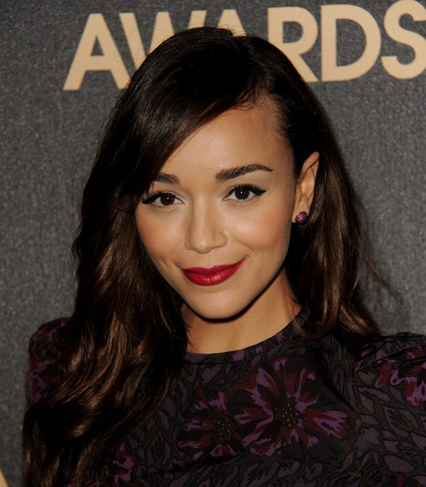 ashley-madekwe-ashley-davenport-quitte-la-saison-3-de-revenge-essentiel-series