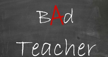 bad-teacher-cbs-saison-1-essentiel-series3