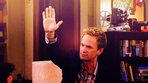 barney-stinson-high-five-gimmick-essentiel-series