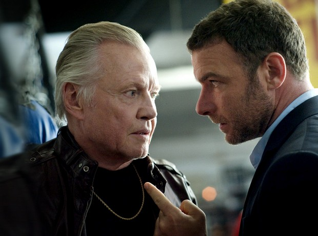 ray-donovan-pilote-saison-1-record-audience-pour-showtime-essentiel-serie