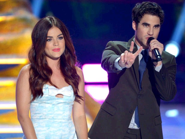 lucy-hale-daren-criss-teen-choice-awards-2013-essentiel-series