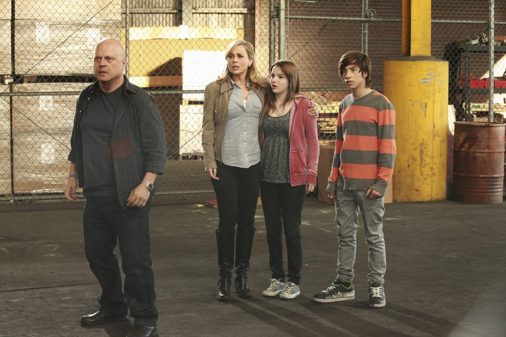 no-ordinary-family-super-hero-family-6ter-essentiel-series