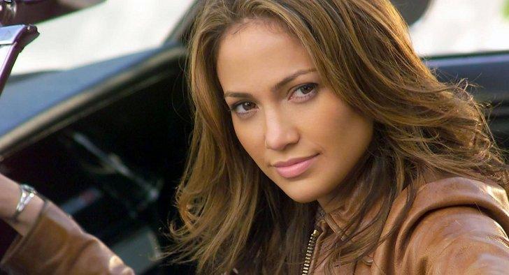 Jennifer-Lopez-shadesofblue-nbc-essentiel-series.jpg