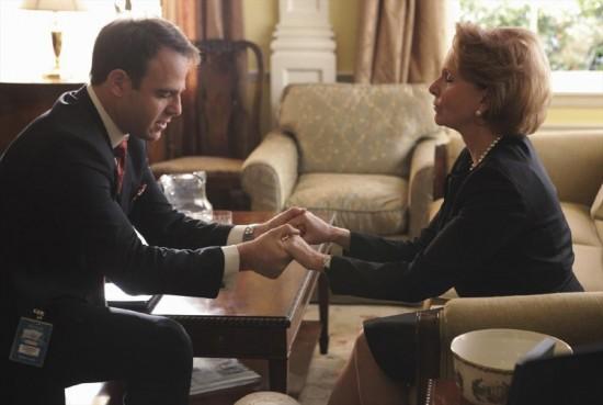 Léo Bergen, Paul Adelstein, avec sa candidate Sally Langston jouée par Kate Burton