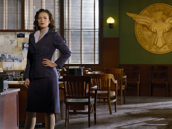 promotional-shoot-agent-carter-essentiel-series.jpg