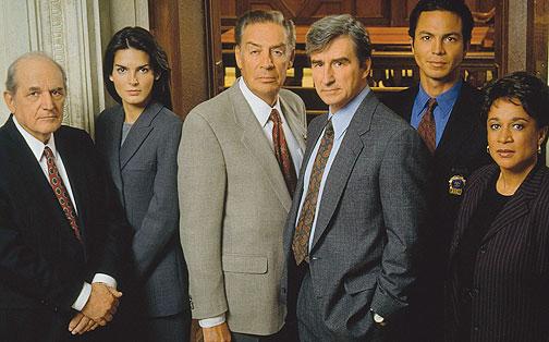 New-York-Police-Judiciaire-pourrait-revenir-sur-NBC-essentiel-series-2