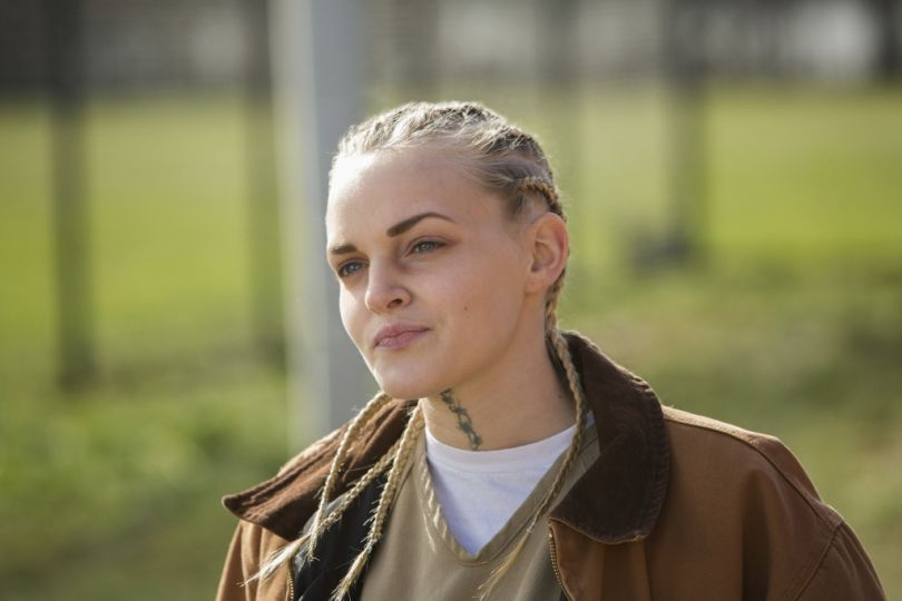 madeline-brewer-essentiel-series-1