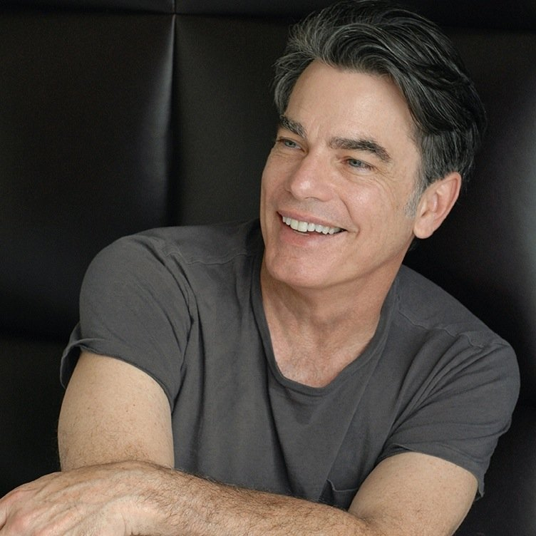 peter-gallagher-rejoint-la-saison-5-de-new-girl-essentiel-series