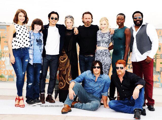 comic-con-san-diego-2014-cast-The-Walking-Dead-essentiel-series