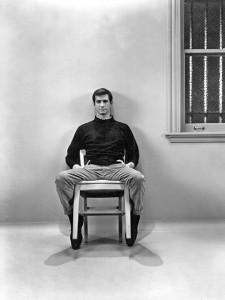 le-casting-de-bates-motel-rend-hommage-au-film-psychose-essentiel-series-7
