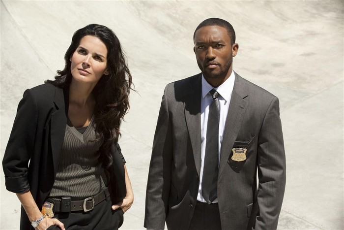 deces-lee-thompson-young-rizzoli-and-isles-essentiel-series